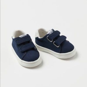 NWT H&M Baby Boy's Sneakers Size 2.5-3.5 Toddler